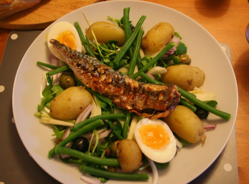 Fried Mackerel with Boiled Potatoes and Onions